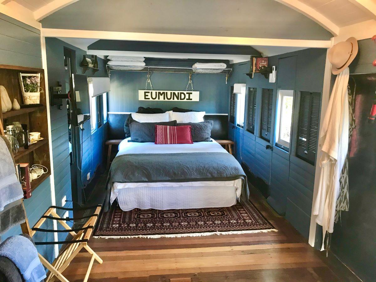 pet friendly accommodation Eumundi
