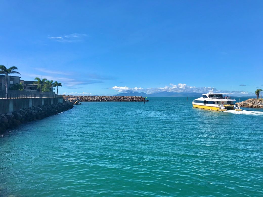 how to get to Magnetic Island